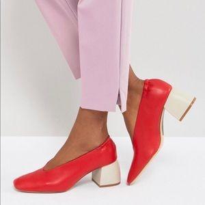 Stradivarius -Block Heel Pointed Shoe (Red)